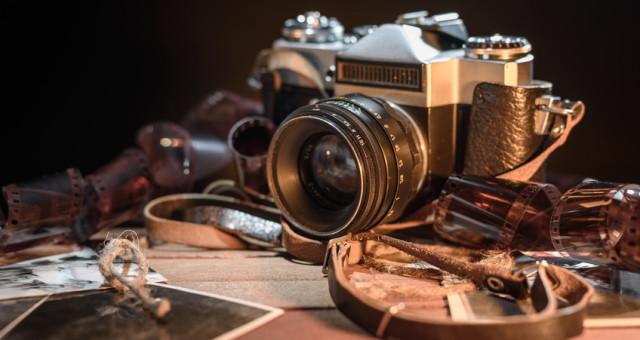 Fotografia cyfrowa czy analogowa? Wykład Krzysztofa Jureckiego